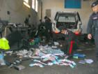 Lirruzione-dei-Carabinieri-nellofficina-dove-venivano-smontate-le-auto-rubate4-300x225