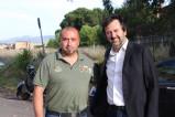 Andrea de Priamo con un membro di Fratelli d'Italia