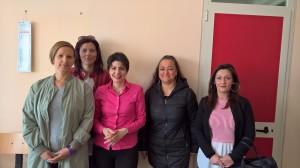 la-dirigente-scolastica-biafora-e-alcune-delle-mamme-escluse
